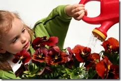kids-gardening-rs